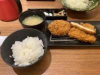 ご飯と味噌汁(豚汁)200806
