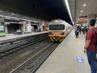 電車自強號で台南へ戻る201104