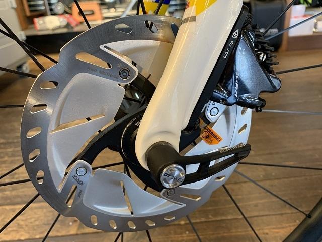 ロードバイク ディスクブレーキ (1)