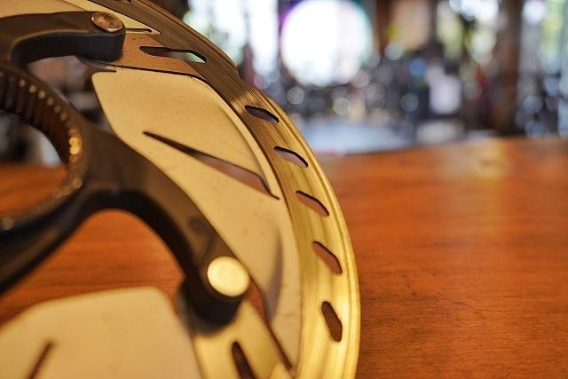 ロードバイク ディスクブレーキ (2)