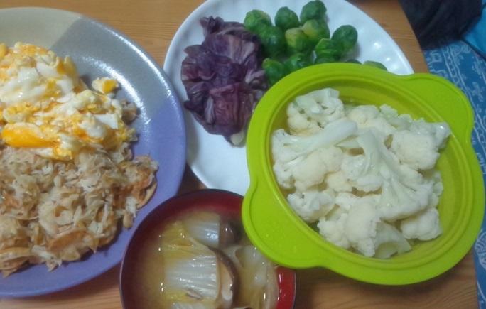 紫キャベツ、芽キャベツ、カリフラワー