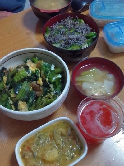 やたらづけ、玄米、高菜卵とじ、蕪の味噌汁、トマトサワー、ジャガイモ煮