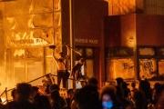 ミネソタ州 黒人男性 警官 暴動4