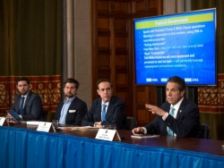 Coronavirus in NY Advocates urge Andrew Cuomo to add sign language interpreter