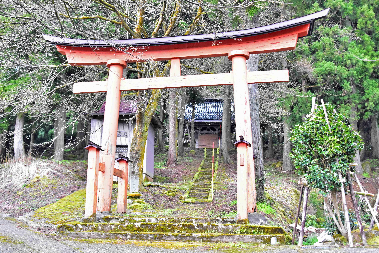 麓の松尾神社