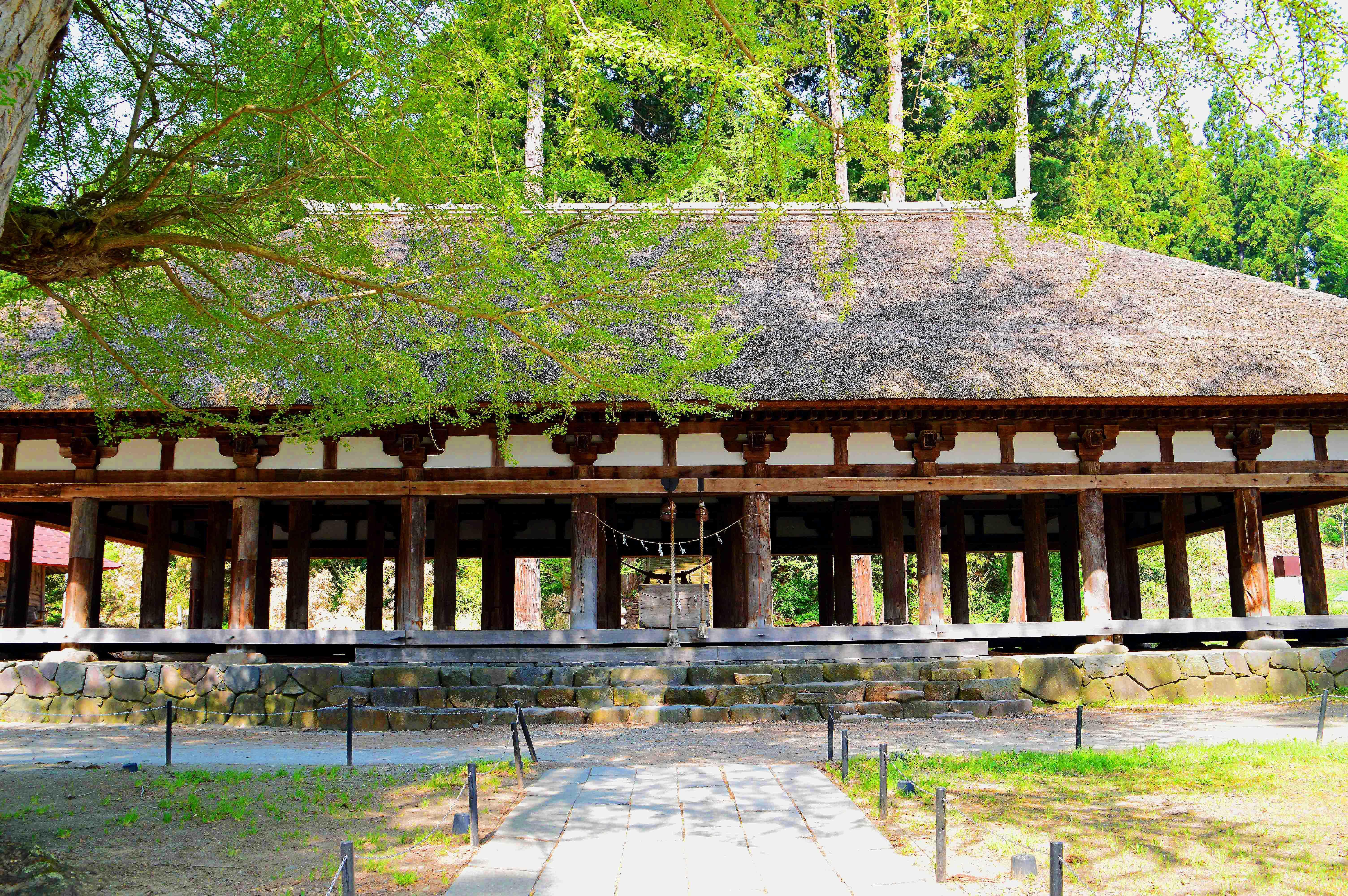 復元された長床 新宮神社 福島県喜多方市