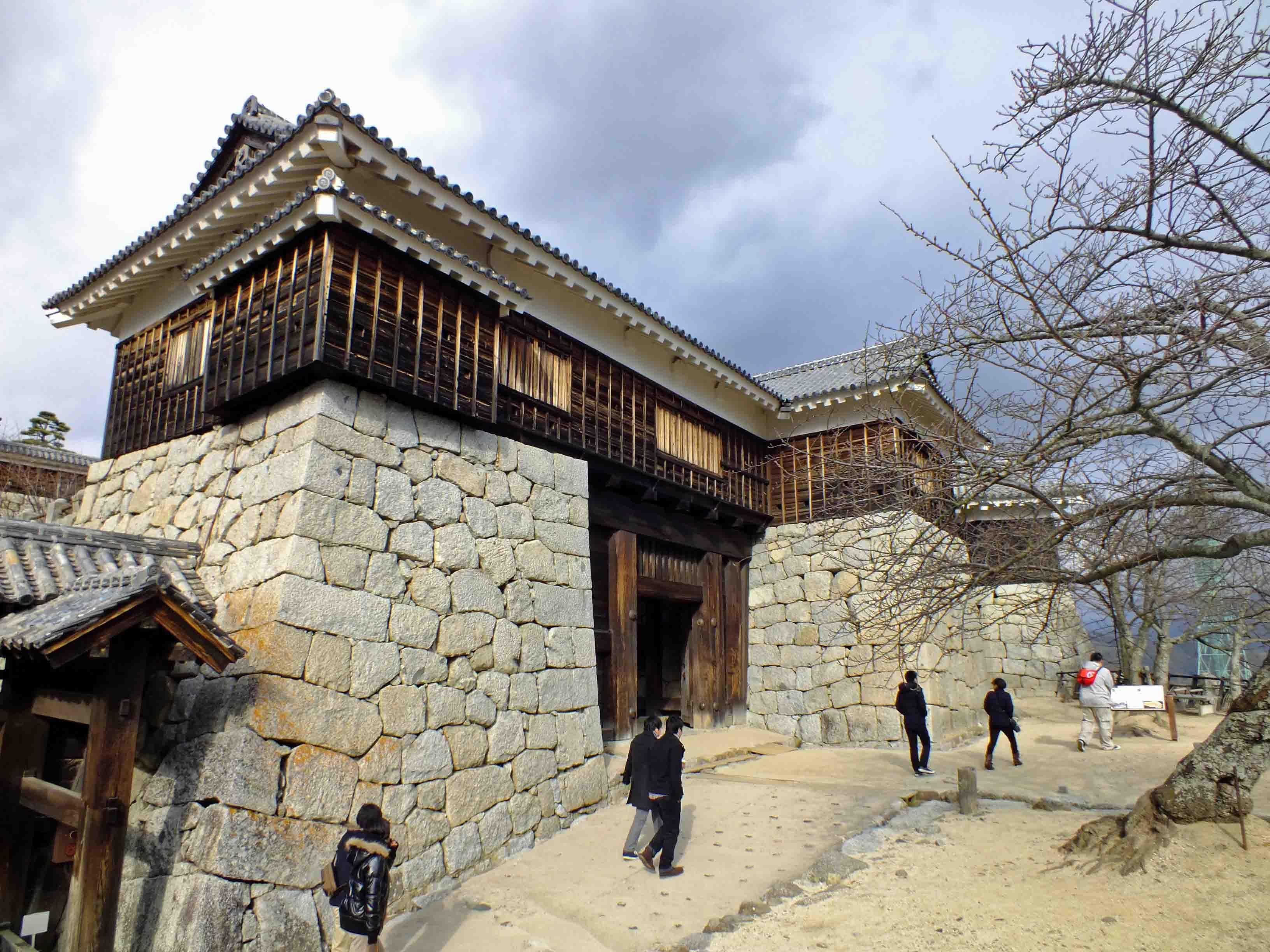 松山城 城門