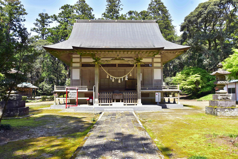 3 高田神社拝殿