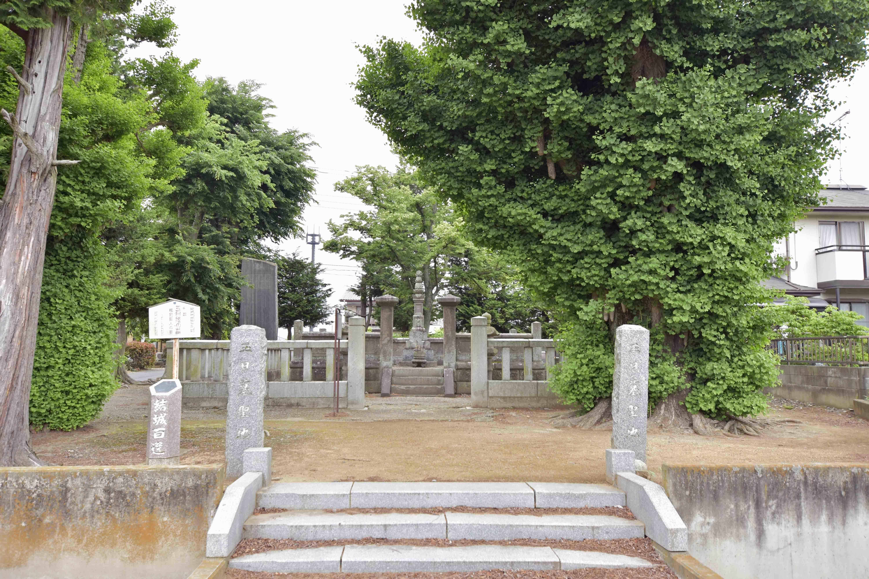 玉姫の墓0