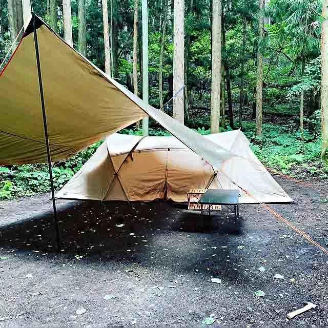 テントとタ-プ