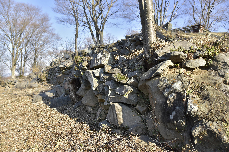 10 主郭 西側の石積
