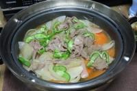 ラム肉と根菜の蒸し物